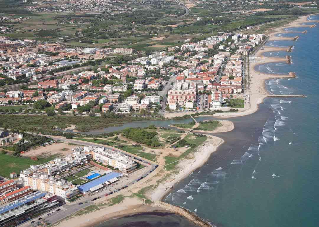 Playa platja llarga d 39 ibersol en vilanova i la geltr - Temperatura vilanova i la geltru ...